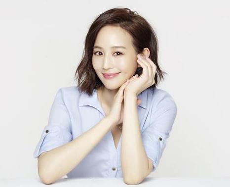 张�_演艺圈学霸张钧甯:我是爱玩的文艺女青年