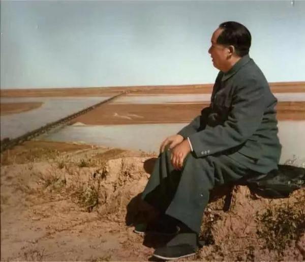 毛主席一生全部照片,终于凑齐了,含着泪看完!