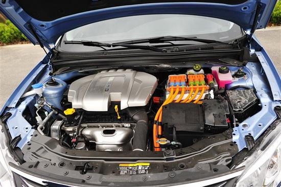 荣威550   plug-in的动力系统由1.5l vti汽油   发动机   ted 高清图片