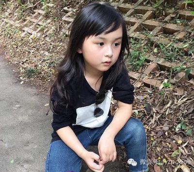 全球最年轻小美女刘楚恬,萌萌哒!