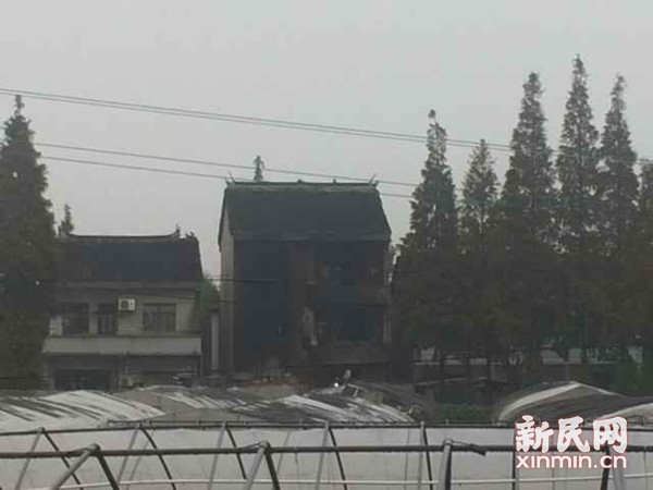 上海松江一民宅起火致3死3伤