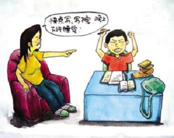 孩子在家写作业时,作为家长,最正确的做法是什么