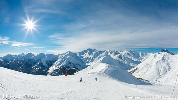 亲子滑雪ppt_寒假滑雪冬令营亲子活动八通社区