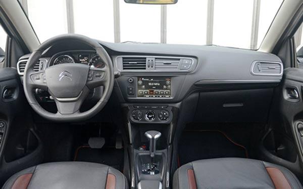 合资SUV最低7万 来重庆汽车消费节开走吧高清图片