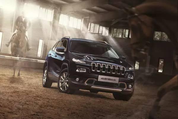 国产Jeep自由光凭什么颠覆中型SUV市场?
