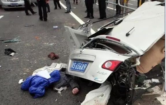 车祸死亡_中国是车祸死亡率第一!您知道日产车占多少?