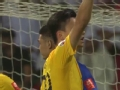 亚冠视频-里贝罗任意球直奔球门 曾诚双拳击出