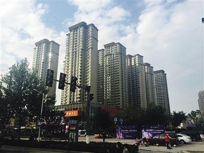 石二群当年抢劫的银行已经被拆除,原址被高楼覆盖。新京报记者 张维摄