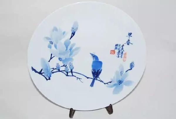 简单步骤甄别手绘和贴花陶瓷!