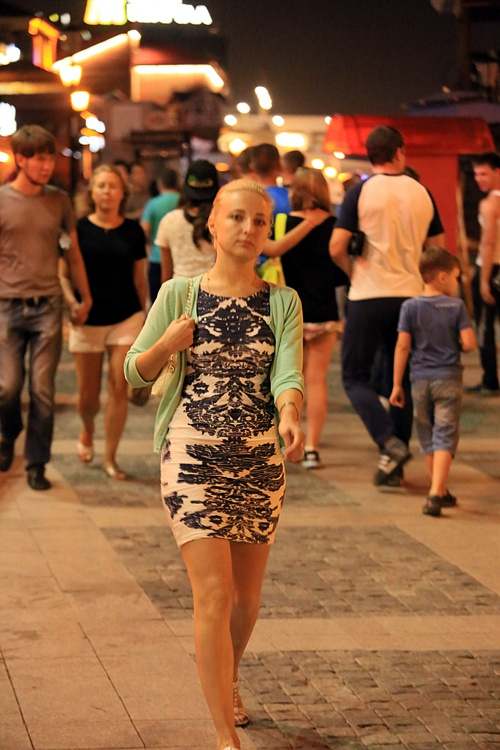 俄罗斯少女人体艺术摄影图片欣赏_实话实说,估计大多数男人都喜欢清纯脱俗的俄罗斯少女.