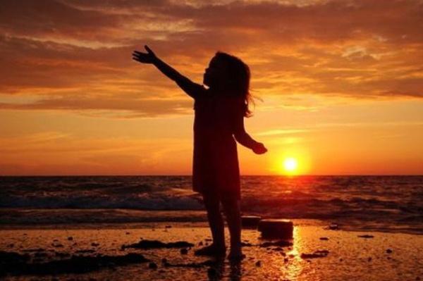 【宝宝帮】给孩子的心里种下幸福和阳光