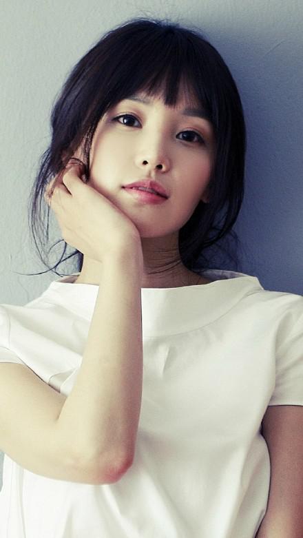 韩国美女南奎利高清手机壁纸图片