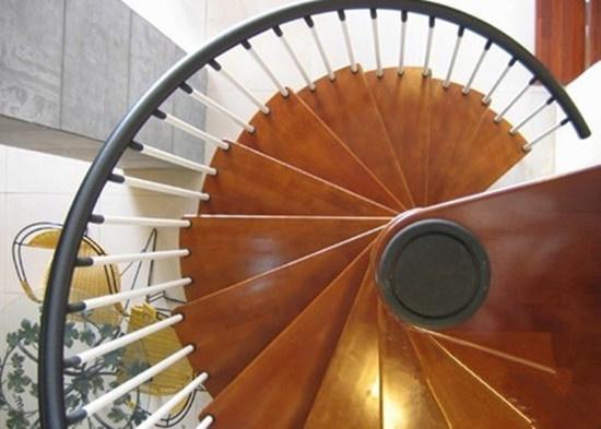 家庭装修攻略:家庭旋转楼梯尺寸