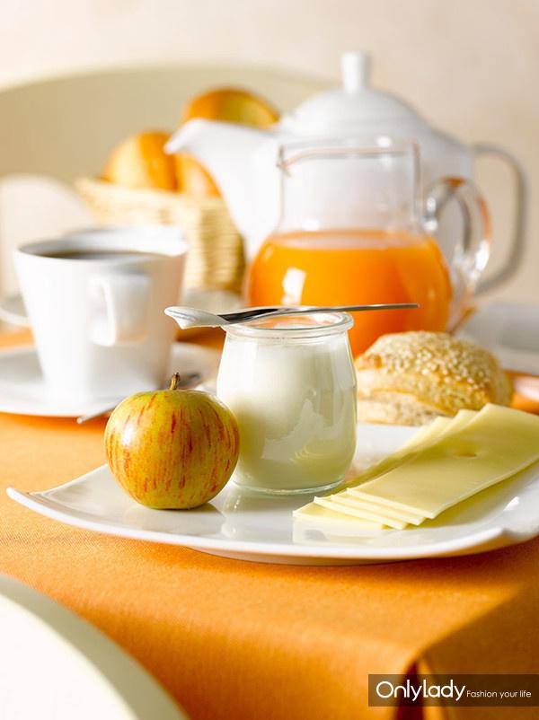减肥的早中晚餐图片