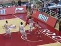 CBA视频-唐正东抢断快攻 壮汉运球一条龙上篮