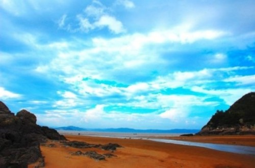 福建大嵛山岛   由于水草丰美,嵛山岛成了一块天然的牧场,很早以前