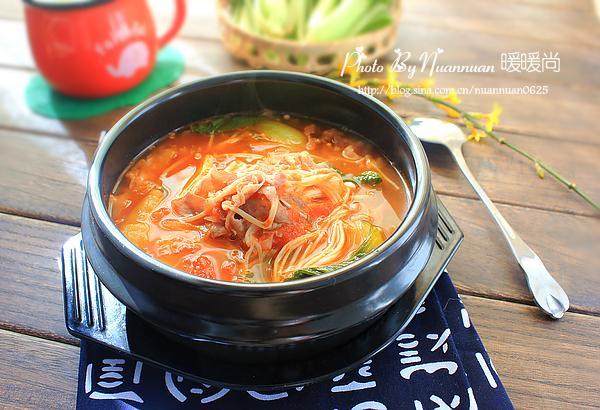 【食谱】让做法暖起来简单好味的新派金针菇番茄身体家常菜图片