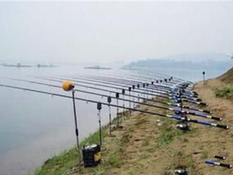 抛竿的使用方法 抛竿钓鱼视频 抛竿线组图解 抛竿的组装方法 抛竿串钩