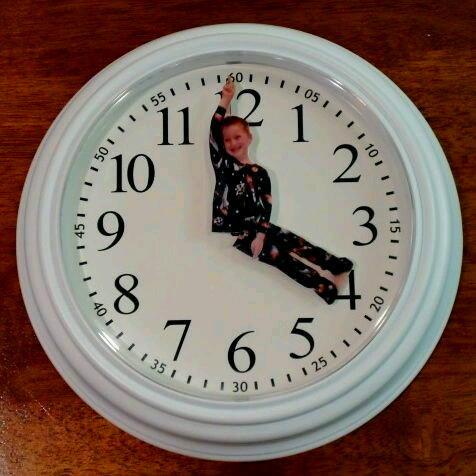 跟孩子一起做个时间表,让孩子认识时间的重要