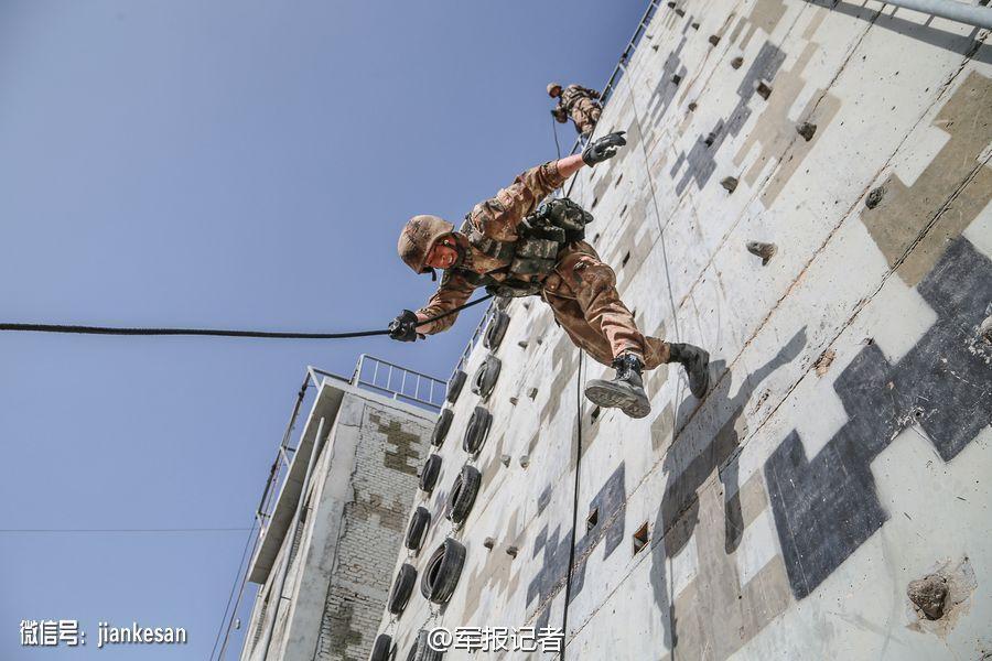 新疆军区特战旅