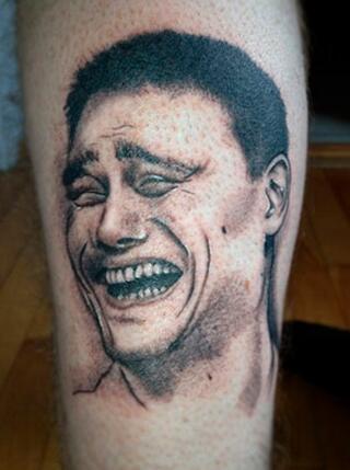 姚明囧笑成纹身登球迷小腿 表情图经久不衰