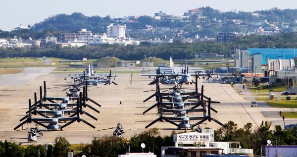 日本冲绳县宜野湾市美军普天间机场
