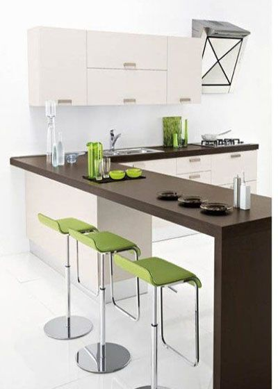 当然我们必须注意作为开放式厨房要求更高的通风性,因此高性能的排风系统更令空间有着清爽之感。不像一般的厨房,总是油烟遍布。