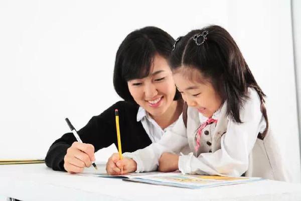 刘云风 国家规定汉字笔顺 建议教师与家长分享