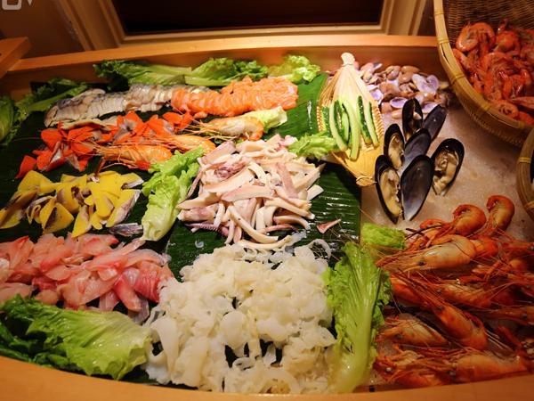 精品海鲜自助餐_晶丽海鲜自助餐厅落户中山陵5号