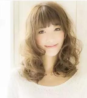 适合小清新女生的发型图片