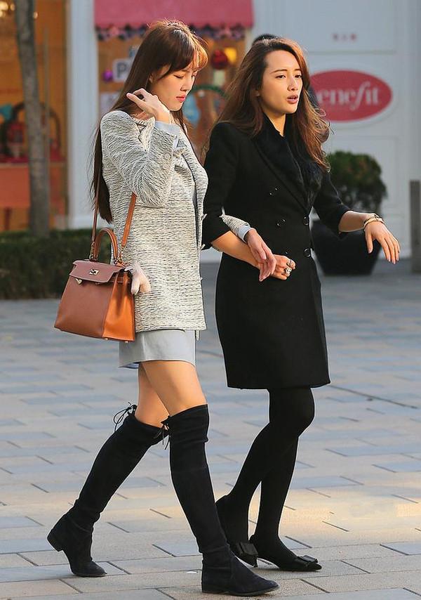 丝袜跟高_女人别再瞎穿黑丝了,肉色丝袜才是最性感的!_搜狐时尚_搜狐网