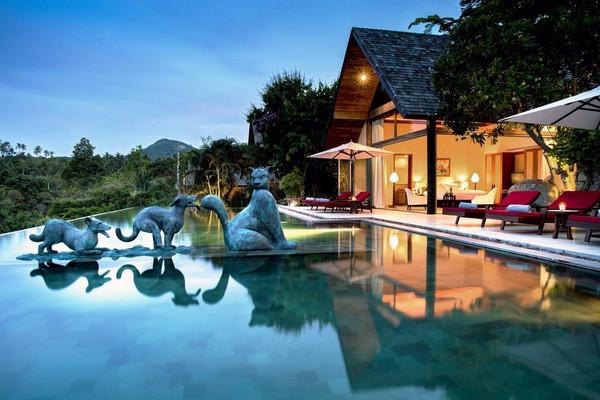 夕阳游泳池别墅