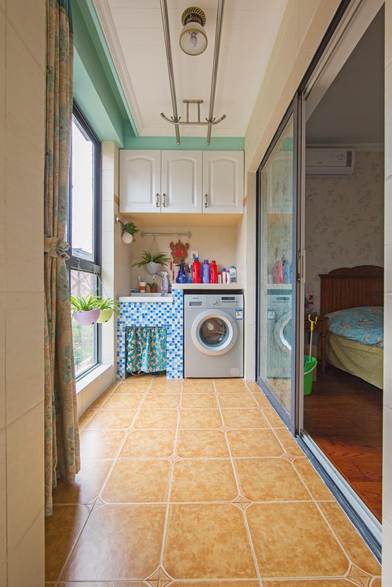 阳台晾衣架还是这种实用,你家阳台晾衣架好用吗