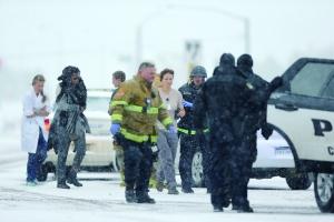 美枪手袭诊所致十余人死伤 枪手身份和动机不明