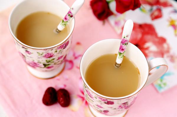 牛奶,武夷山的百合,新疆的大蜂蜜,蒙牛的香水,生姜.红枣红茶串词图片