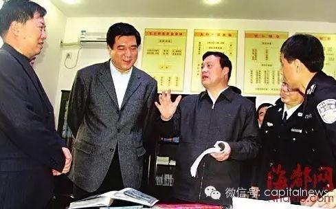 申维辰(左二)金道铭(右二)