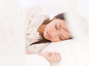 【时尚辣妈】当妈后睡不够 8个简单方法帮你睡个好觉