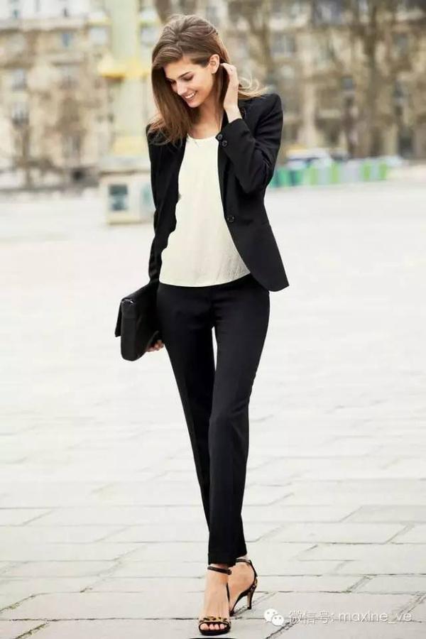 穿搭 || 秋冬最实用的小黑裤穿搭大全在这里