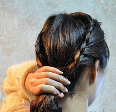 简易发型编法图解给你贴心的指导哦,2016年的你想要不一样起来吗?