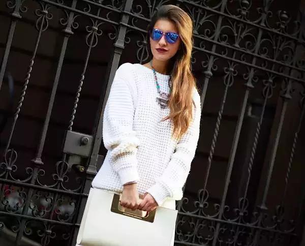 一众毛衣技法教你穿好一件白名模!裱画新女星图片