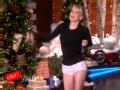 《艾伦秀第13季片花》S13E60 安娜法瑞丝裙子被扯掉走光 指导电话性爱