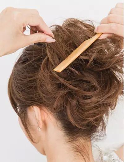 教程马尾发型头丸子辫侧编发等短发鱼骨大偏分低马尾扎发图片