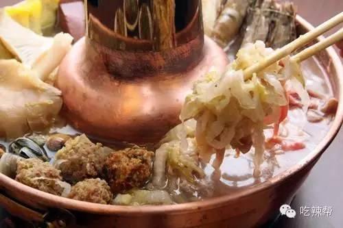 东北火锅_第十三种:东北传统酸菜白肉火锅