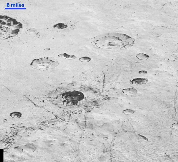 2015年12月5日,当日早些时分NASA颁布了新视线号(New Horizons)飞掠冥王星拍照到的最高分辩率相片。 视觉国家 图