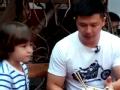 《闪亮的爸爸第一季片花》第二期 陈一冰买土豪早餐遭围攻 潘玮柏高云翔上街乞讨