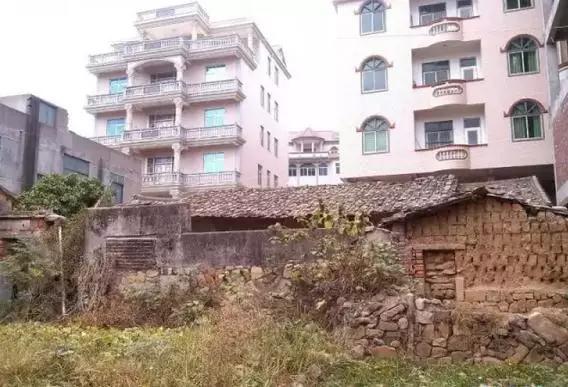 莆田最牛逼最土豪的私人别墅,别墅17层!高达神秘人图片