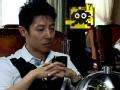 《了不起的挑战片花》第一期 撒贝宁享奇葩蟹宴遭嘲讽 与乐嘉喝交杯酒怒摔杯