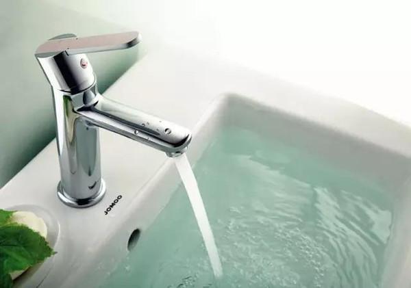 最有效的浴室节水方法,我们有必要学会