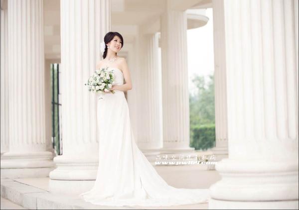 婚纱照片类型_动漫婚纱情侣头像