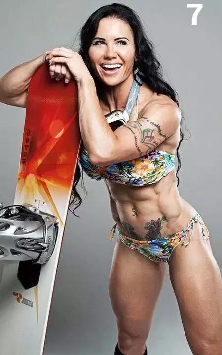 纹身是最奢侈的华服,这群健身男女的纹身简直美呆图片